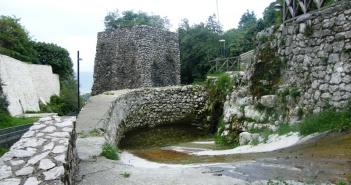 Sentiero da Capo Castello al Castello di Monteforte