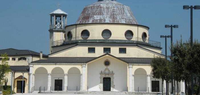 Lioni - (Santuario di San Rocco)