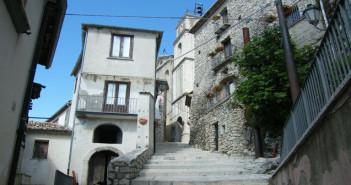 Castelvetere sul Calore (Sentiero del Monte Tuoro)