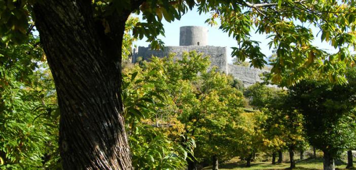 Sentiero del monastero da montella ai piani di verteglia for Piani di piantagione storici