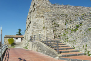 Savignano Irpino (Castello Guevara)