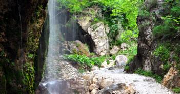 Senerchia. (Oasi WWF Valle della Caccia)