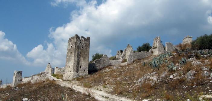 Sentiero del Castello di Avella